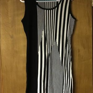 Carmen Marc Valvo Women's Knit Dress Size M